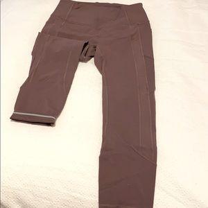 LuLuLemon leggings with side pockets
